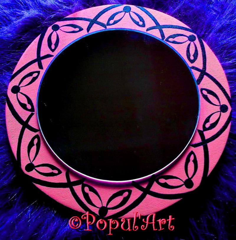 Petit miroir rose et noir for Petit miroir noir